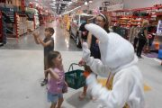Easter Bunny meets the kids at Bunnings